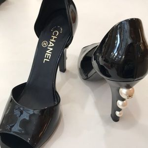 Chanel black pumps size 9.5